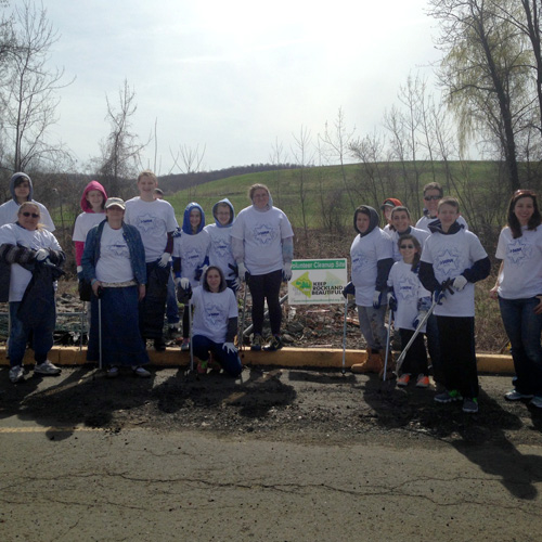 Mitzvah day at JCC Rockland: Community Clean Up